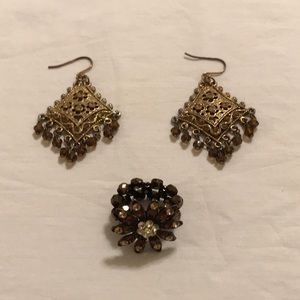 Chandelier earrings & beaded stretchy crystal ring